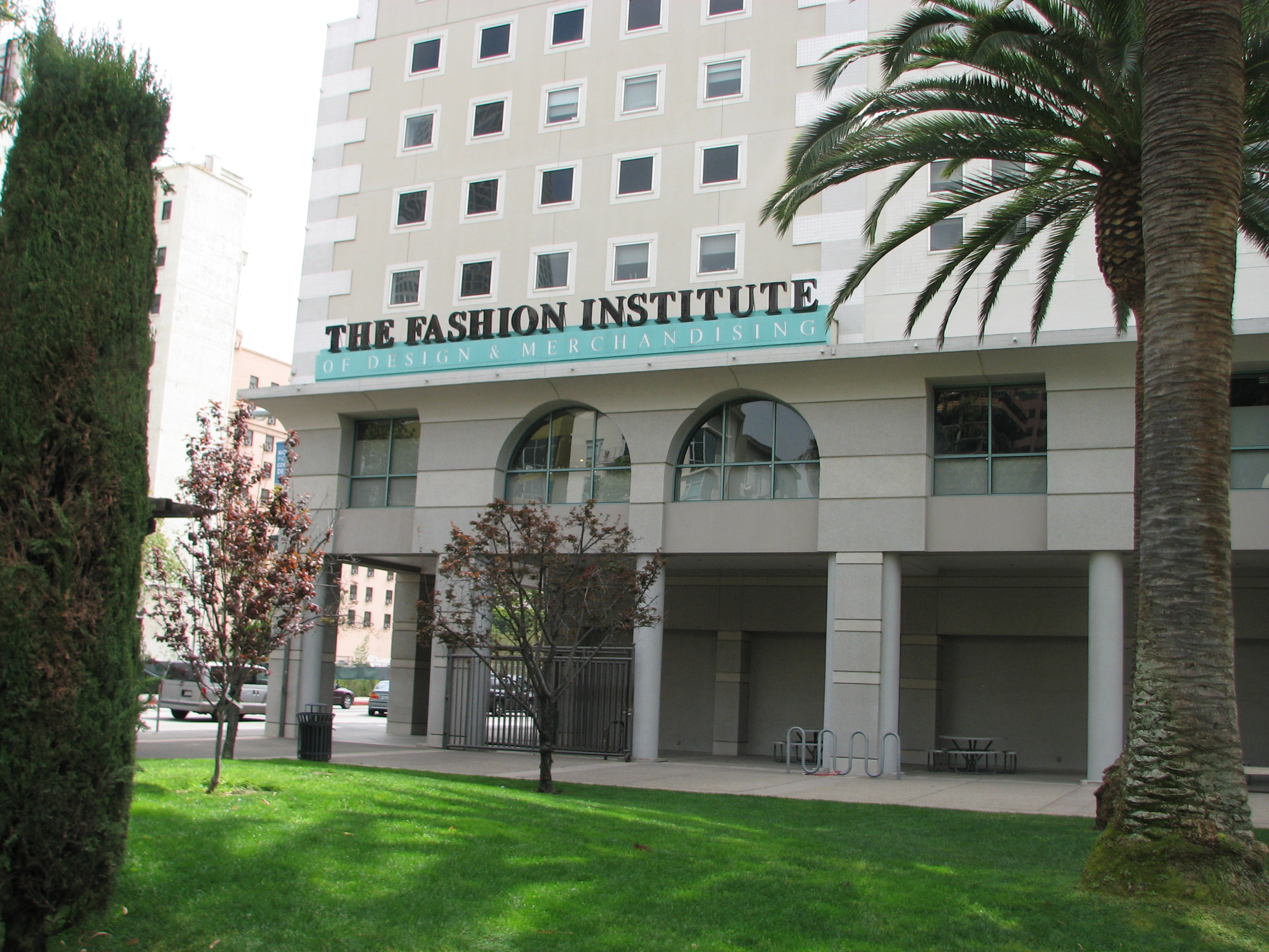 The fashion institute fees 9